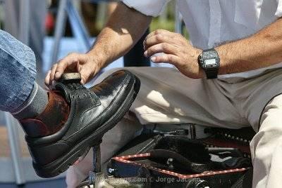 Golpes Lutrar Sapatos