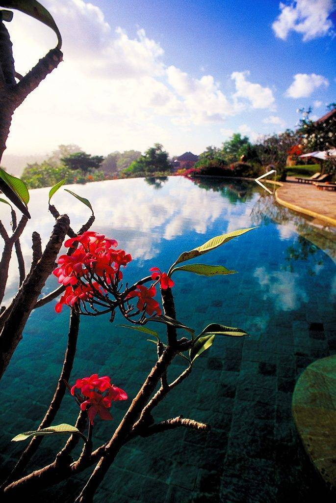 Piscinas mais lindas do mundo – Four Seasons Jimbaran Bay, Bali
