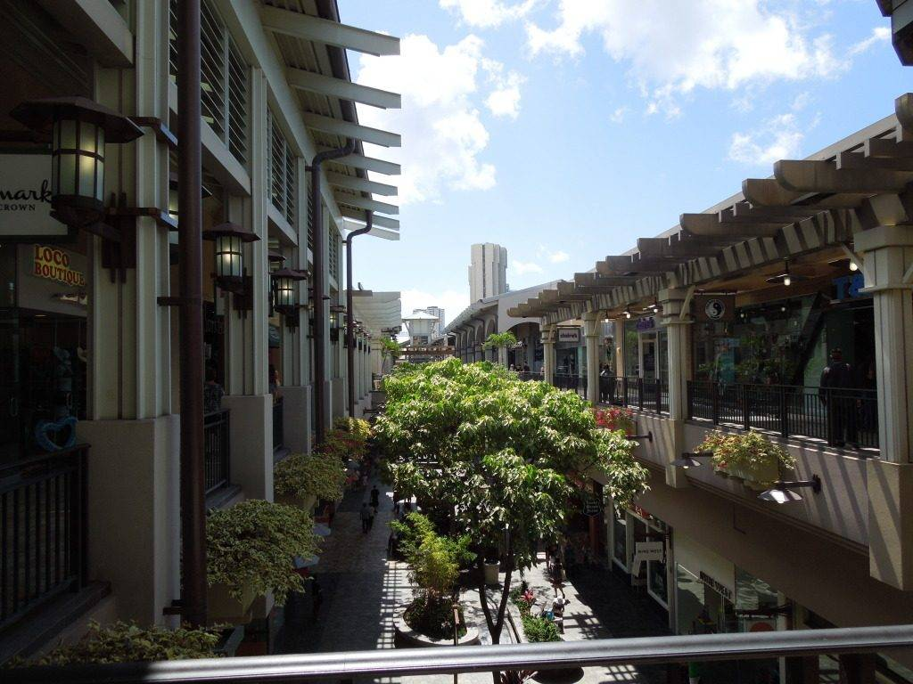 Ala Moana Shopping Center, Honolulu2
