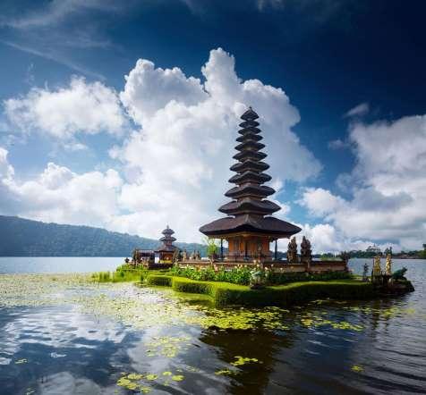 Mar-Tha Rio – Viajar sozinho – Indonesia
