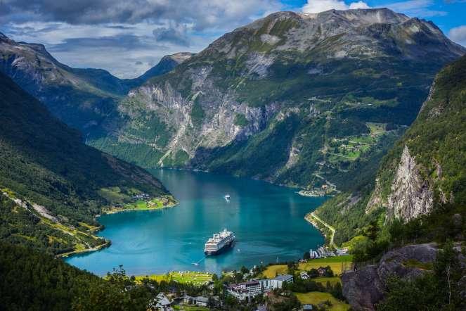 Mar-Tha Rio – Viajar sozinho – Noruega