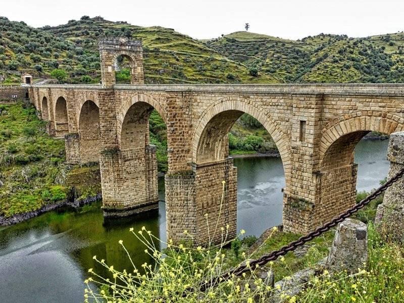 pontes antigas pelo mundo
