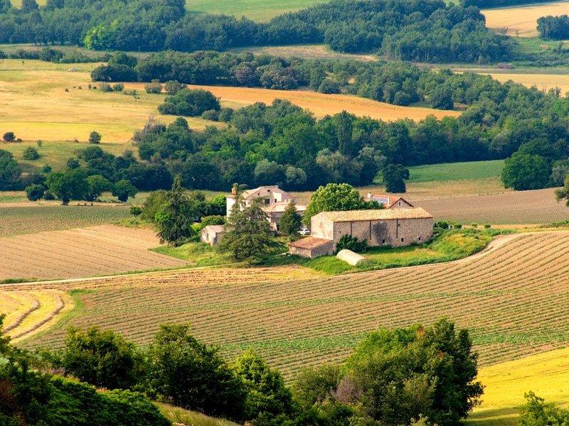 campos rurais e vilarejos de provence