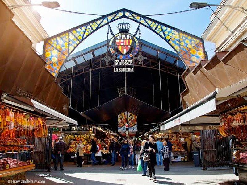 O que fazer em Barcelona - melhores atrações da cidade - La Boquería Mercat de Sant Josep - Parque Güell - praias mais bonitas de Barcelona - Cruzeiros e Viagens em Grupo para Barcelona